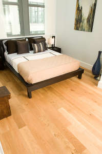 best time to refinish hardwood flooring