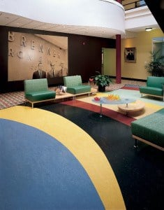 What is the difference between linoleum and vinyl flooing