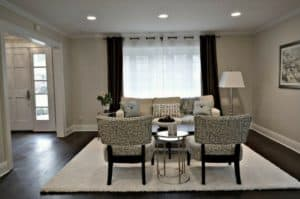 dark hardwood gray walls - how to decorate and accessorize