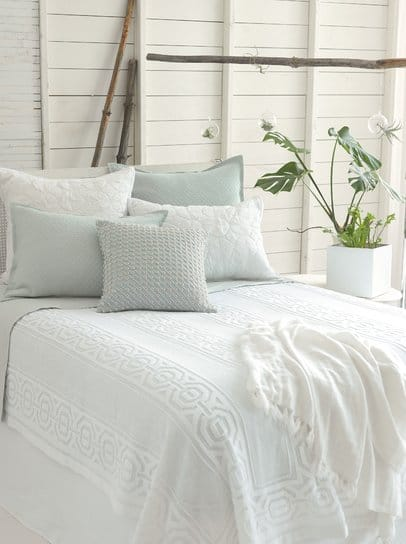 bedroom paint colors - white shiplap
