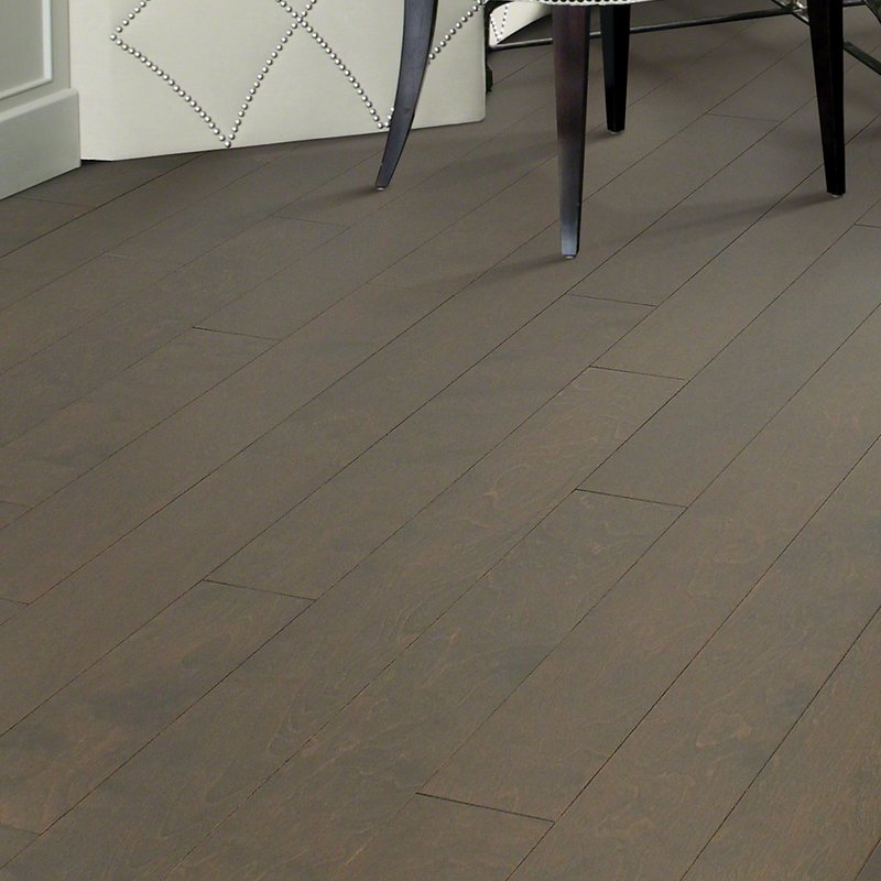 Gray hardwood for farmhouse look