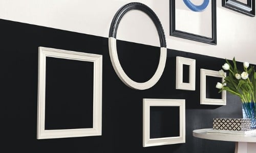 Tricorn black SW 6258 in bathroom - black and white
