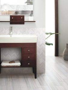 2018 bathroom flooring trends - wood look tiles