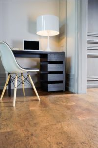 alternative flooring options - cork flooring -Wicander's cork in moccachino