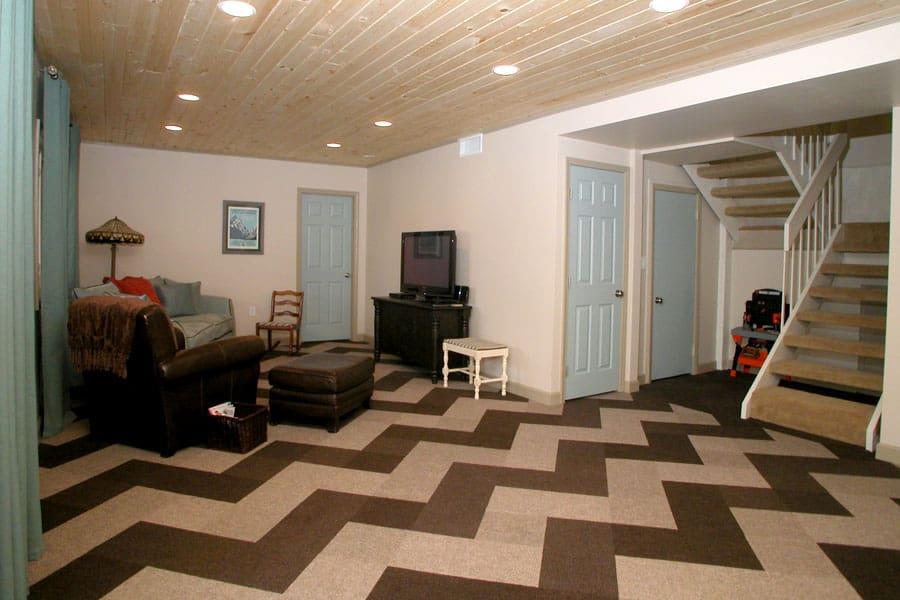 Carpet tiles chevron pattern