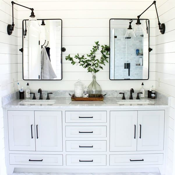 21 Modern Farmhouse Style Bathrooms For A Rustic Shabby Chic Look The Flooring Girl