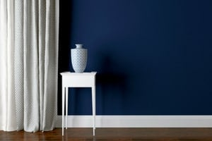 best white paint for trim on navy walls